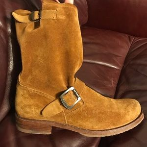 Frye 9.5 Camel Tan Engineer Short Boots
